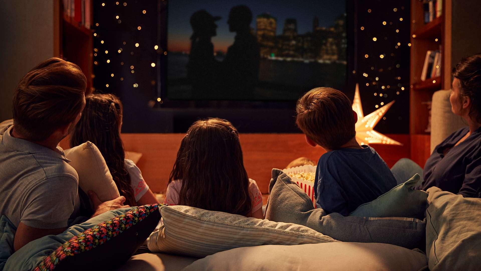 Фильмы, которые можно посмотреть в День Семьи с родными и близкими