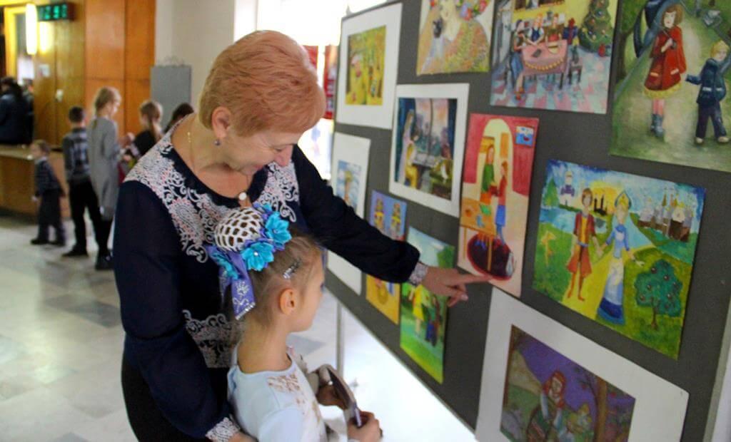 Проект «Кино в театре» поздравил любимых мам и бабушек с праздником